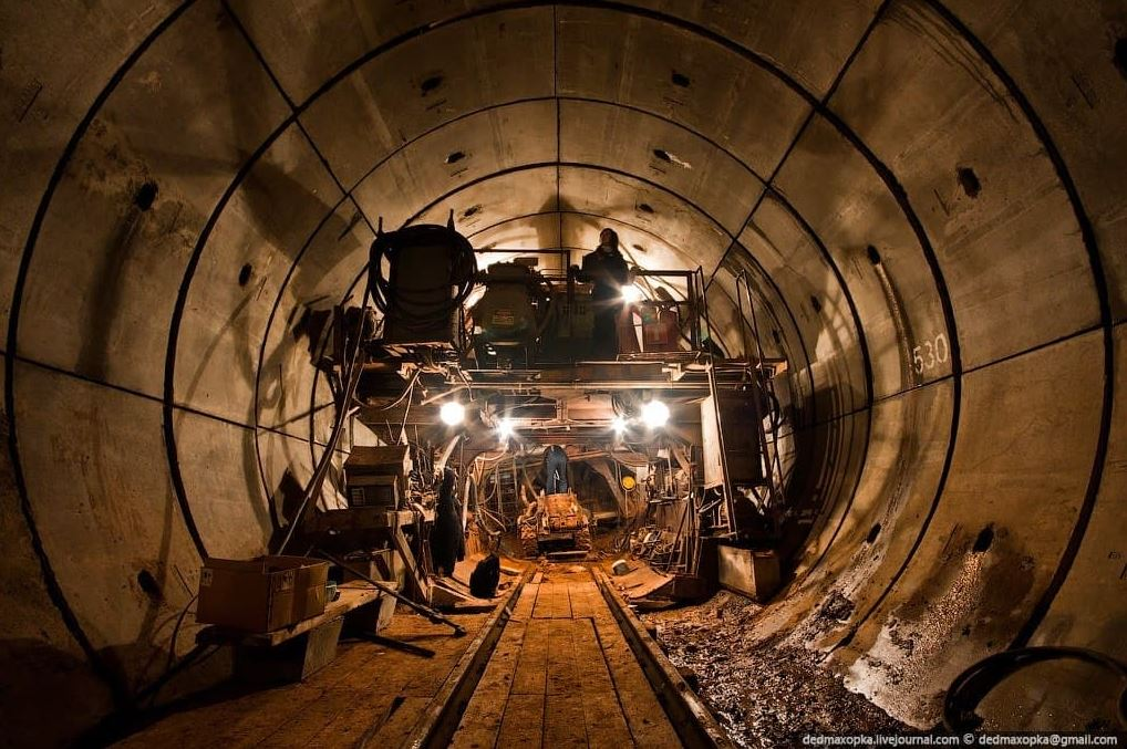 Краевые власти задолжали проектировщикам красноярского метро 230 миллионов рублей